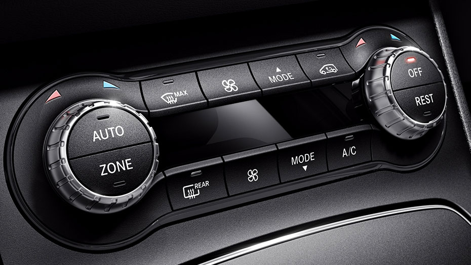 THERMOTRONIC dual-zone automatic climate control