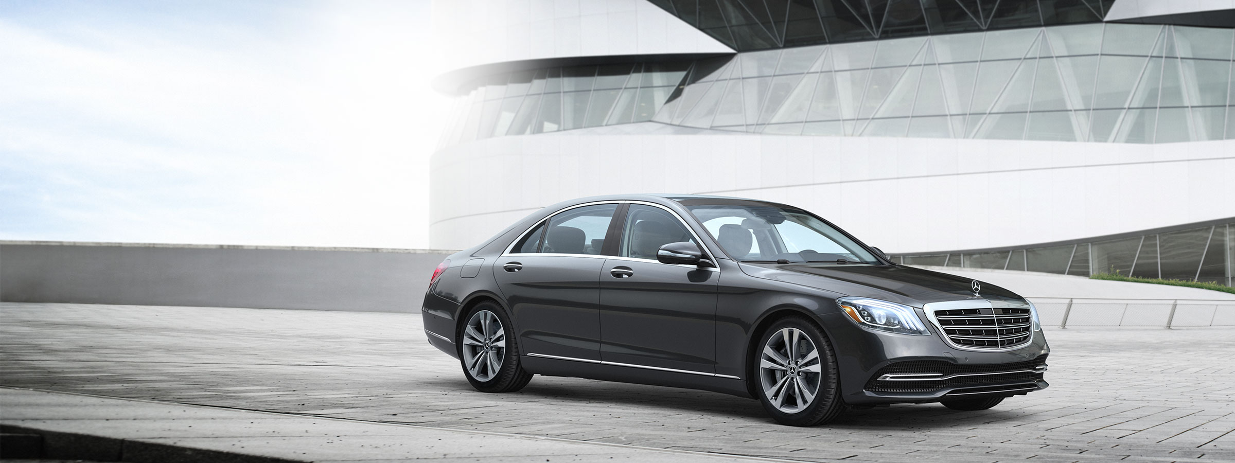 Luxury sedans coupes convertibles suvs and wagons for Mercedes benz website