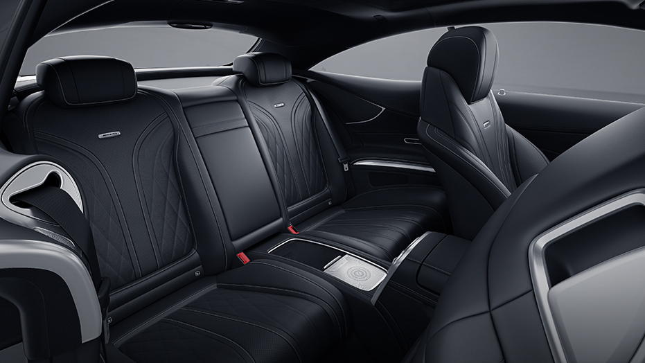 Handcrafted 4-passenger cabin AMG S65