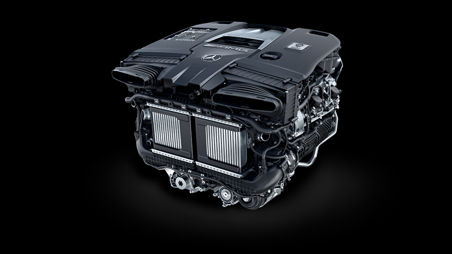 Handcrafted AMG 4.0L V8 biturbo engine with EQ Boost