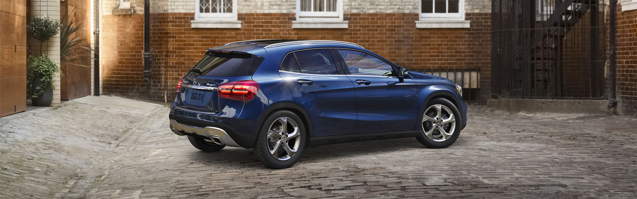 2018 GLA SUV Performance