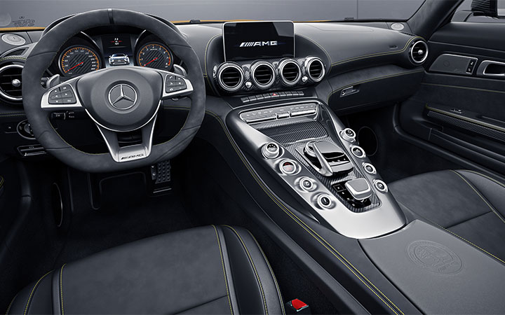 2018-Mercedes-AMG-GT-C-Roadster-Design